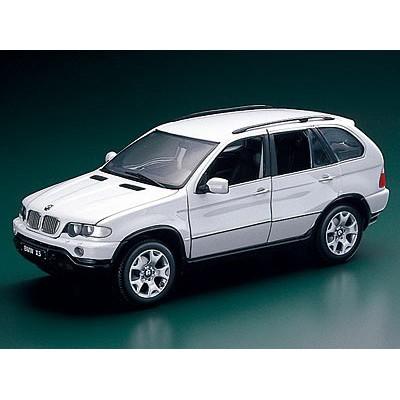 Kyosho 1:18 BMW X5 4.4i (E53, White)